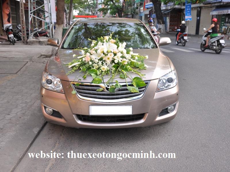 Thuê xe cưới 4 chỗ camry tại Hà Nội