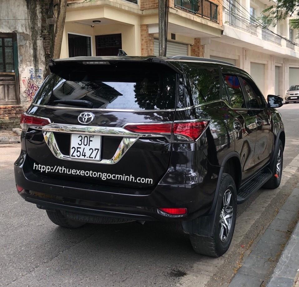 Thuê xe 7 chỗ Fortuner tại Hà Nội