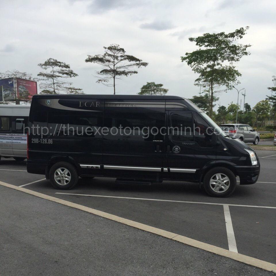 Thuê xe 9 chỗ Limousine Dcar tại Hà Nội