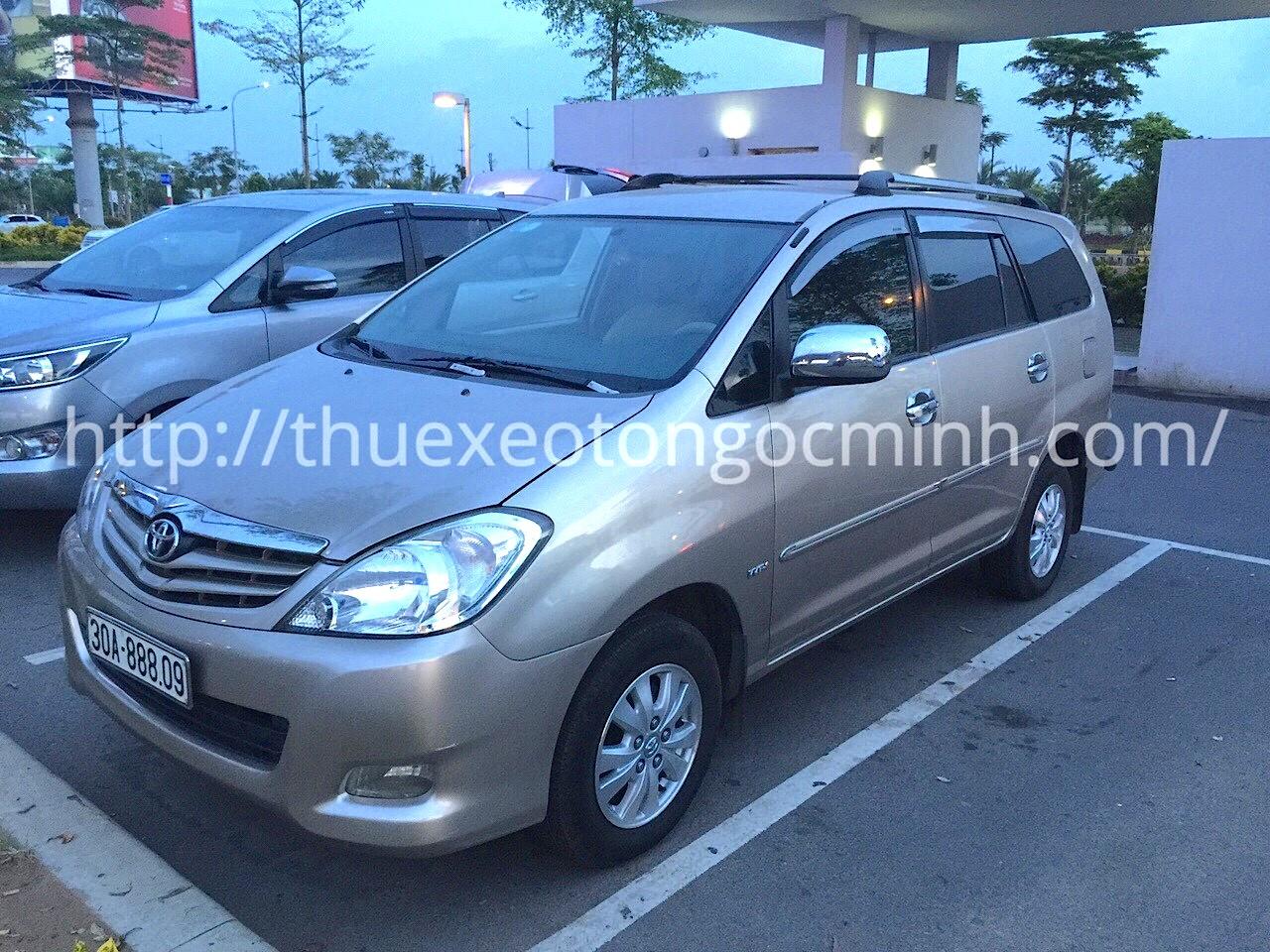Thuê xe tháng 7 chỗ Innova tại Hà Nội