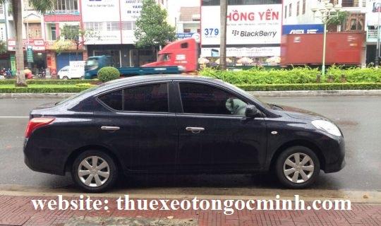 Thuê xe 4 chỗ nissan sunny tại Hà nội