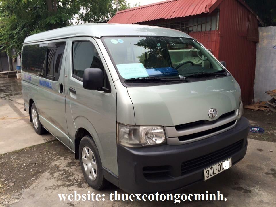 Thuê xe tháng 16 chỗ Toyota Hiace tại Hà Nội