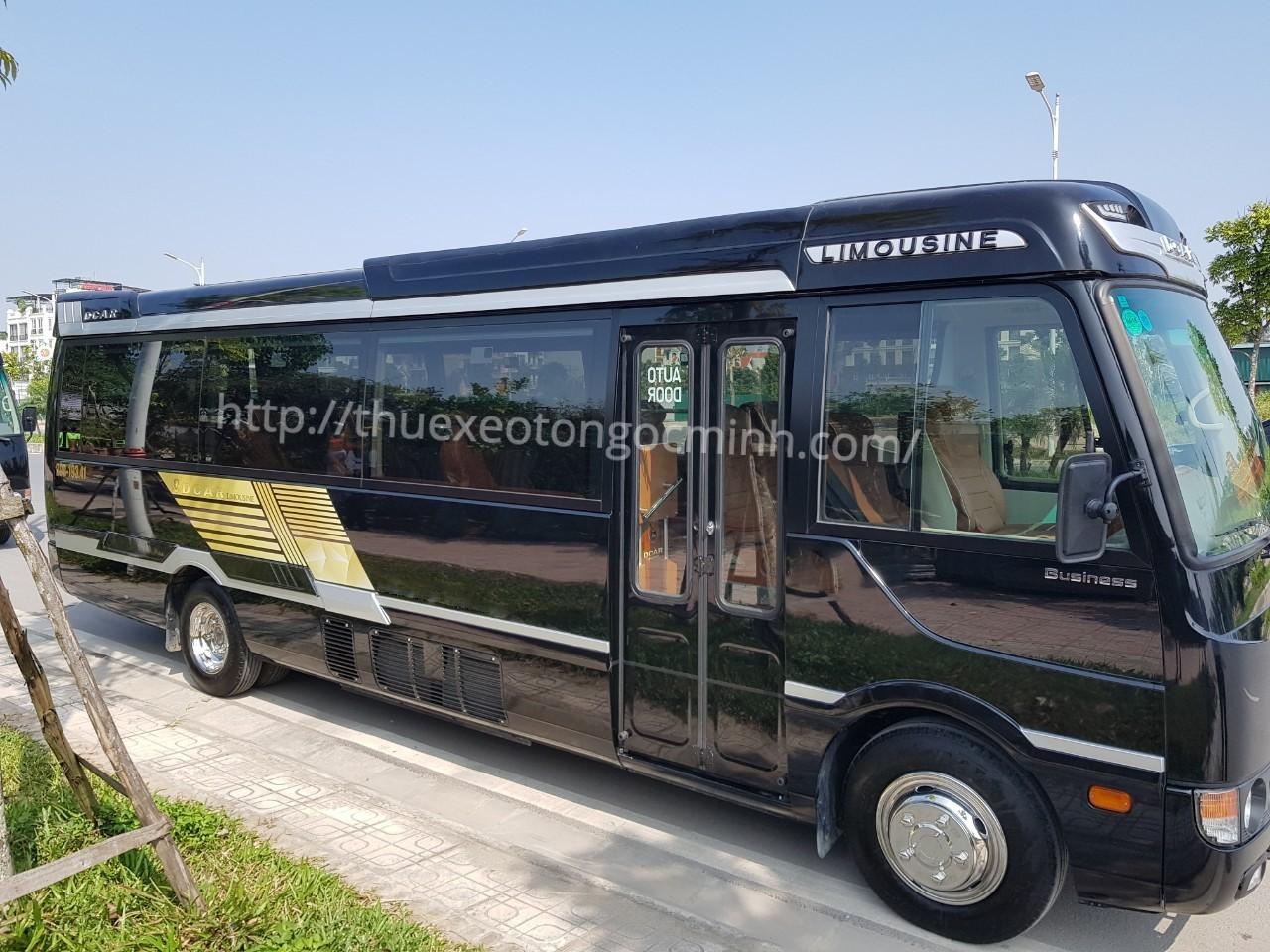 Dịch vụ cho thuê xe Fuso Rosa Dcar Limousine 19 chỗ tại Hà Nội