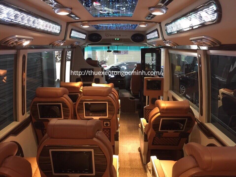 Thuê xe Fuso Rosa Dcar Limousine 19 chỗ tại Hà Nội