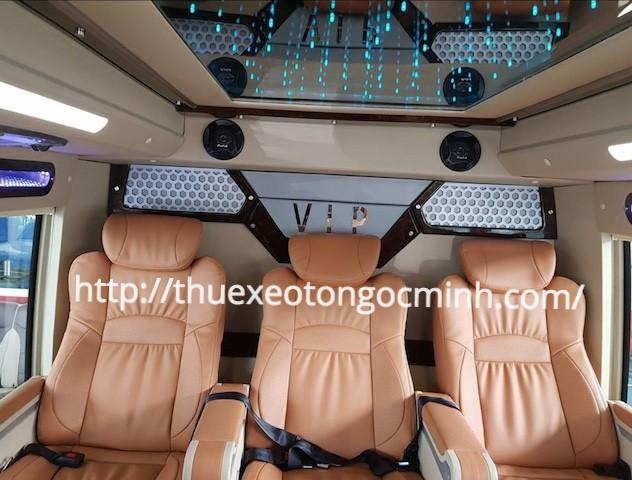 Thuê xe Fuso Rosa Dcar Limousine 16 chỗ tại Hà Nội