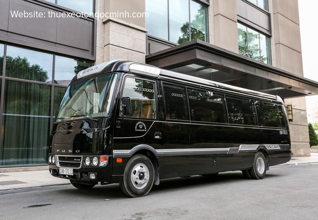 Thuê xe 19 chỗ Fuso Dcar Limousine tại Hà Nội – Thuê xe Ngọc Minh