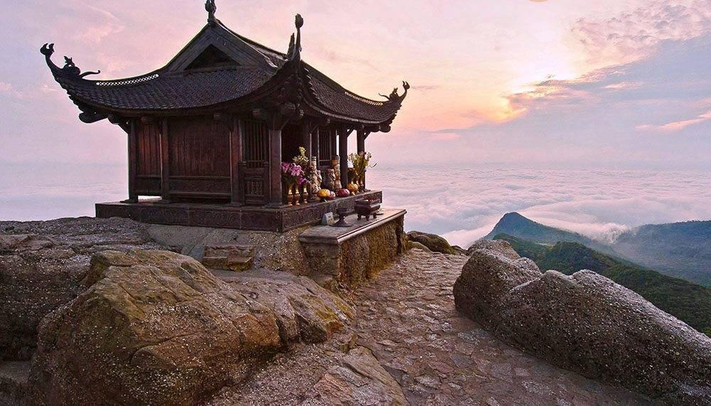 Chùa Đồng thiêng liêng trên đỉnh Yên Tử