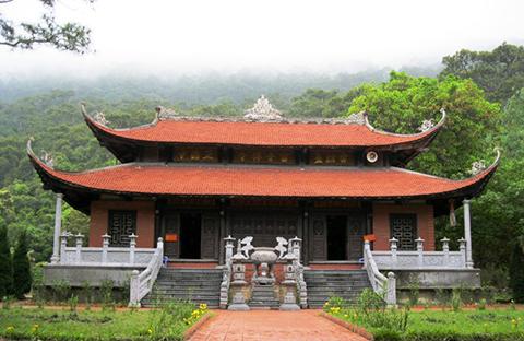 Vẻ đẹp tiên cảnh chùa Lôi Âm
