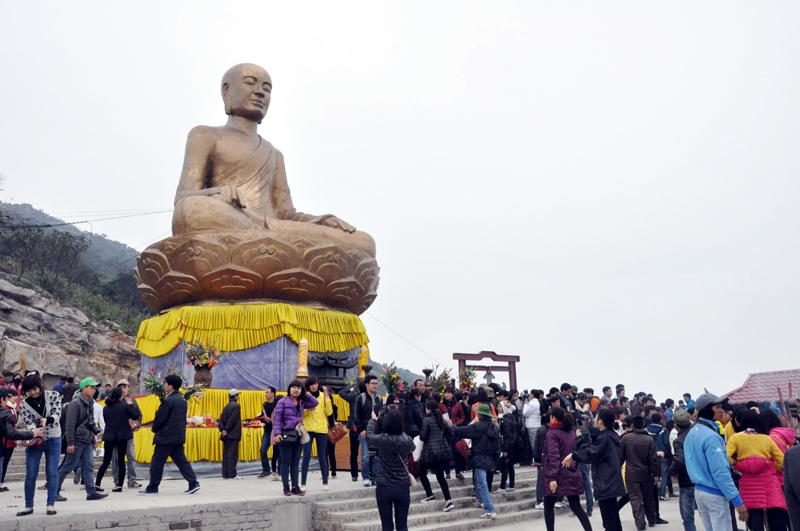 Lễ hội khai xuân Yên Tử 2018