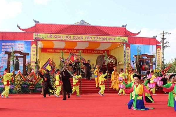 Các sự kiện văn hoá đặc sắc tại lễ hội Yên Tử