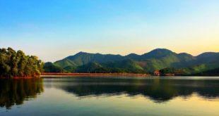 cho thuê xe du lịch đi hồ núi cốc