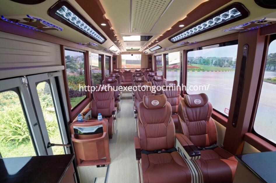 Thuê xe du lịch 16 chỗ đi du lịch hè ở Hà Nội