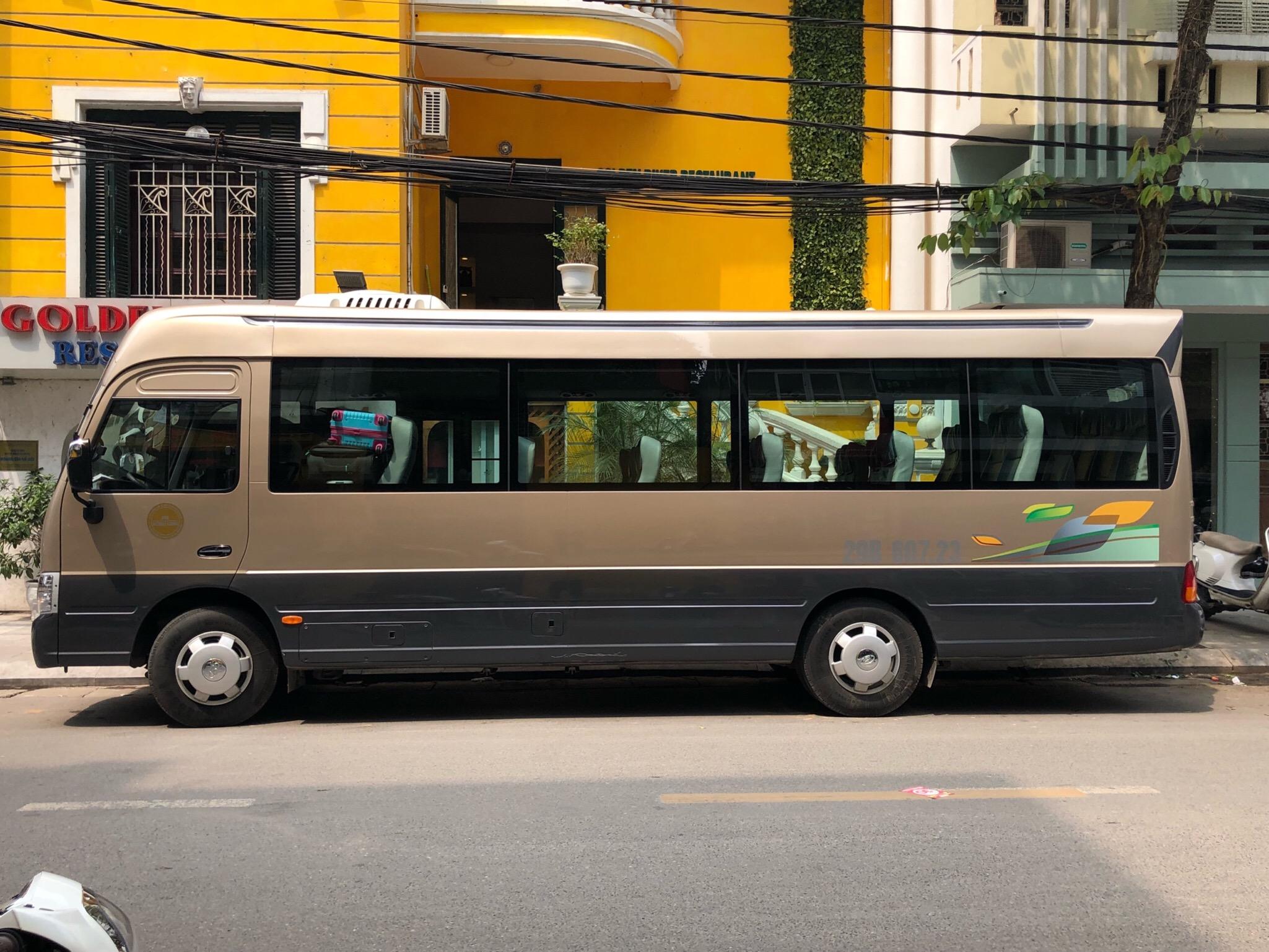 Cho thuê xe 29 chỗ đi Nghệ An dài ngày