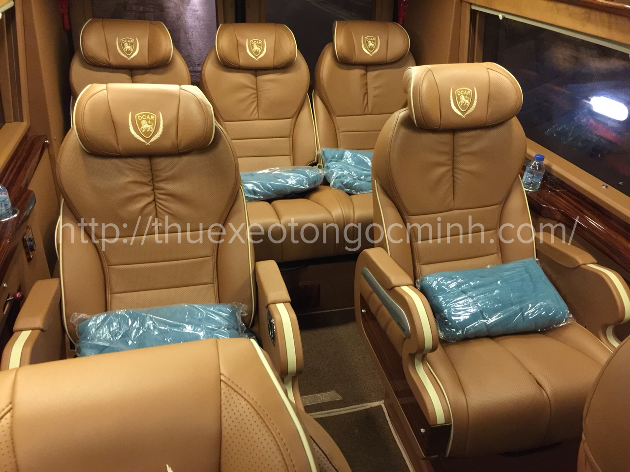 Thuê xe Dcar Limousine uy tín, chất lượng, giá rẻ tại Hà Nội