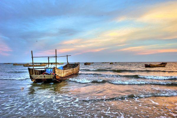 Cho thuê xe 16 chỗ đi Quảng Ninh xe đời mới, chất lượng