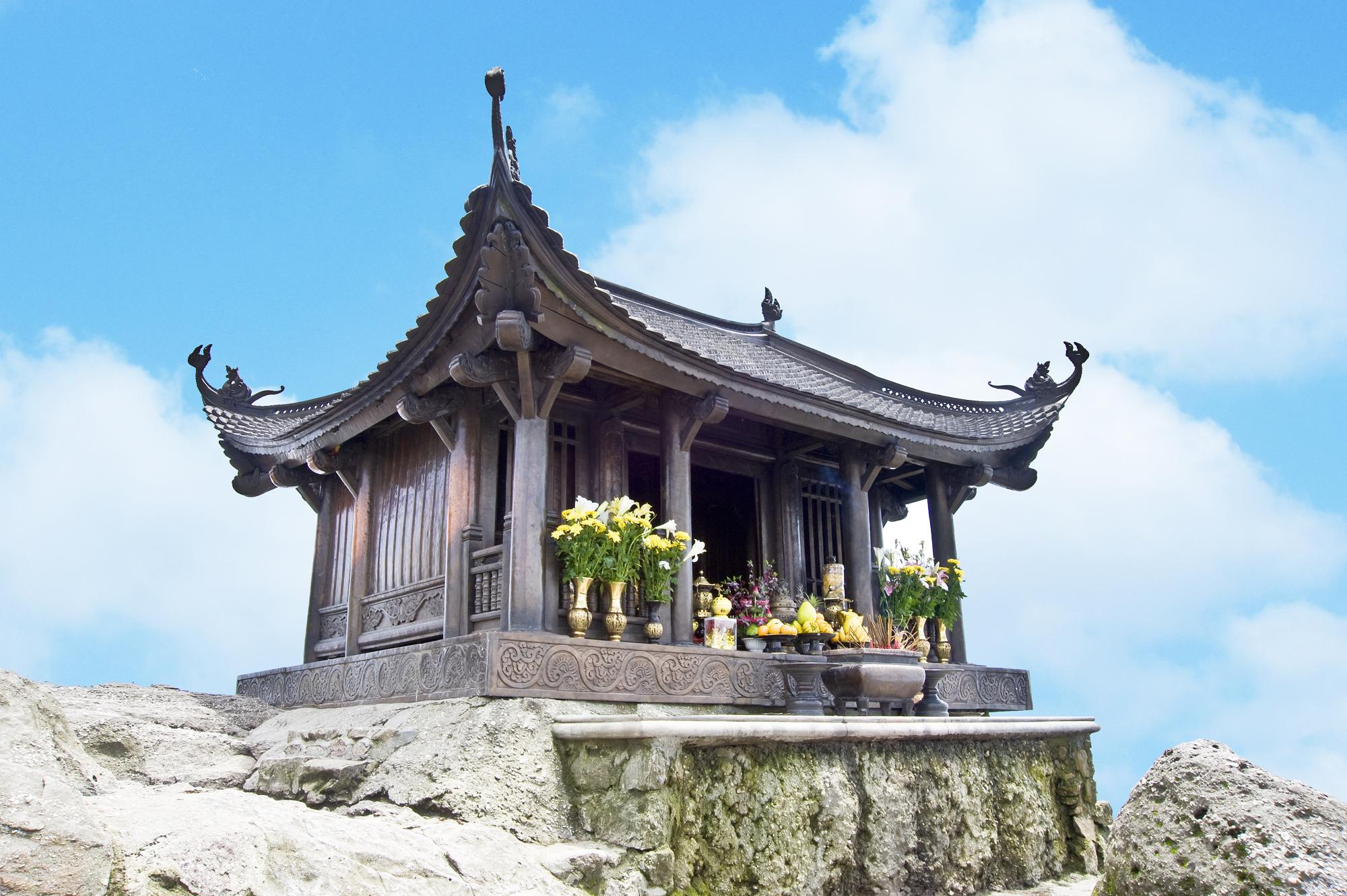Chùa Đồng Yên Tử - Ngôi chùa bằng đồng lớn nhất châu Á