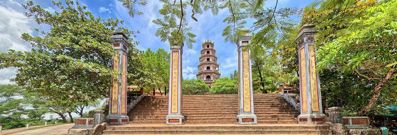 Nét đẹp xưa chùa Thiên Mụ xứ Huế