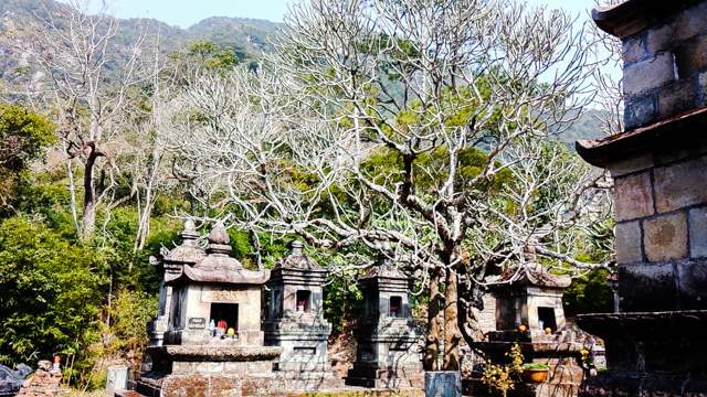 Yên Tử - Sự linh thiêng kỳ lạ ở vườn tháp Huệ Quang