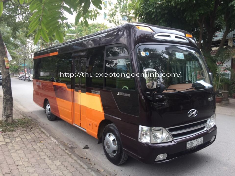 Cho thuê xe County Limousine 16 chỗ đời 2019 tại Hà Nội