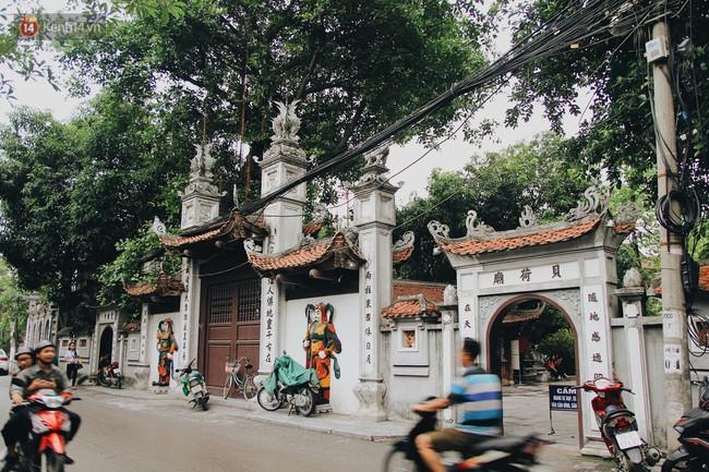Người người nhà nhà đổ về chùa Hà cầu duyên
