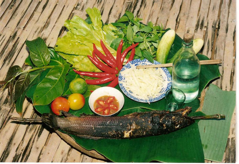 Món cá lóc nướng - Đặc sản Trằm Trà Lộc