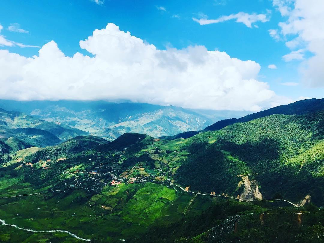 Vẻ đẹp hùng vĩ cung đường đèo Khau Phạ