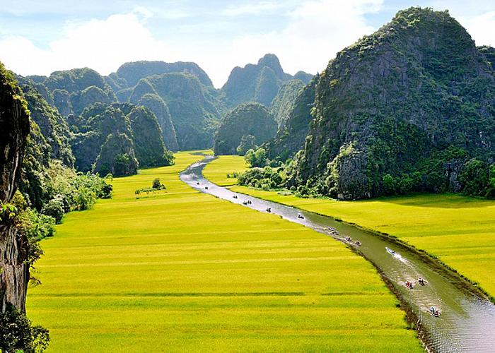Lý do thuê xe đi Ninh Bình 2 ngày 1 đêm