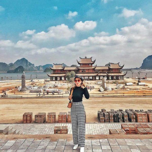 Cho thuê xe đi chùa Tam Chúc đầu xuân năm 2021