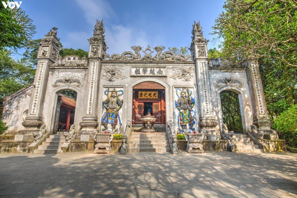 Cho thuê xe đi đền Hùng – giỗ tổ Hùng Vương 10-3